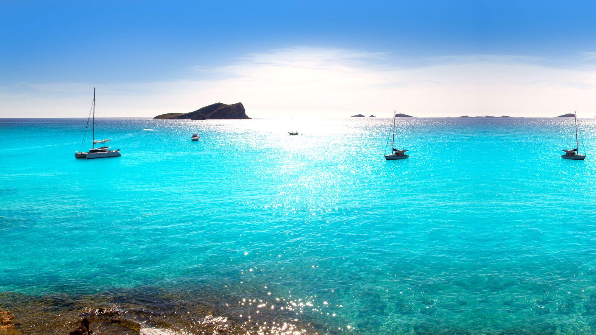 Adventure Sailing in Ibiza